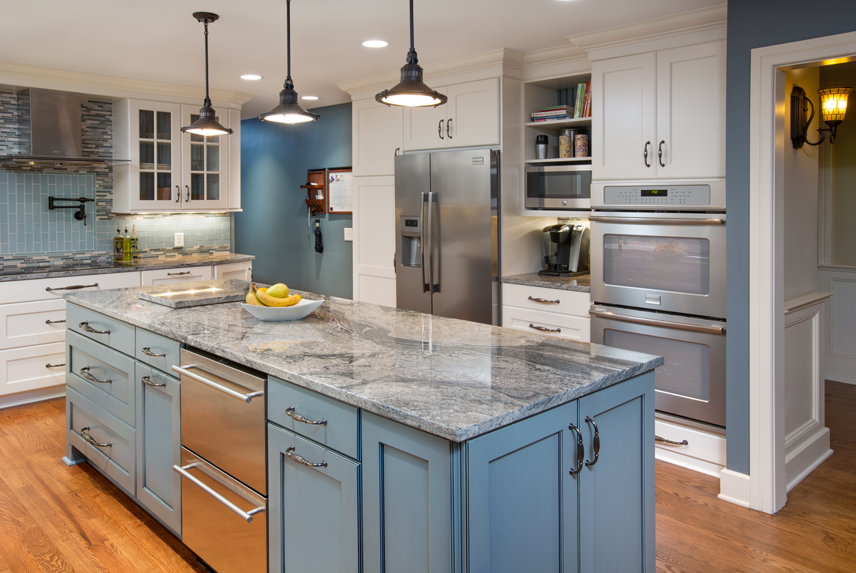 Painted cabinets are a hot item in kitchen remodeling. While stained cabinets remain popular, many homeowners are considering all painted cabinets or a ...